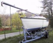Шведская парусная яхта швертбот с трейлером