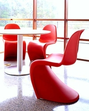 Оригинальные пластиковые стулья Пантон,  уцененные
