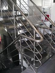 Лестницы и перила из нержавеющей стали в Днепропетровске