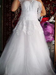 Нежное свадебное платье,  1500 вместо 5 000 грн,  размер 42-50. Возможна примерка