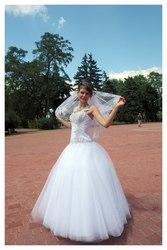 Продам свадебное платье + фата + перчатки