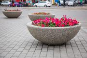 Декоративная и тротуарная плитка,  вазоны,  урны,  лавочки,  шлакоблок