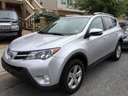 Toyota RAV4 2014 XLE,  Полный привод,  СЕРЕБРО В ЦВЕТ.'