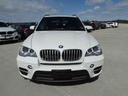 BMW X5 2011 белого цвета,  полный вариант,  движимый леди;
