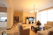 Продам дом 190 м2 в Днепропетровске,  Новоалександровка.