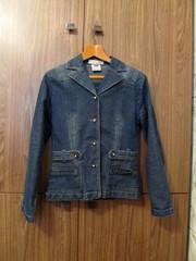 Продам джинсовую куртку-пиджак б/у.