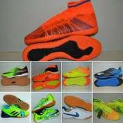 Футзалки,  копы,  сороконожки,  мячи,  щитки,  гетры (nike,  puma,  adidas)