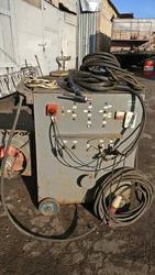 Продам аргонный сварочный аппарат УАДГ-450.