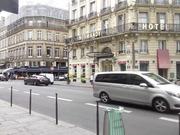 во Францию,  жить и работать.