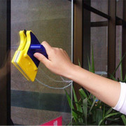 Магнитная щетка для двухстороннего мытья окон Glass Wiper