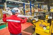 Работники на автозавод Hydro Extrusion (Польша)