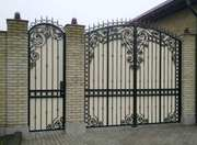 Кованые ворота с профнастилом. Распашные ворота Кривой Рог.