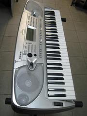 Продам Синтезатор WORLDE W-220